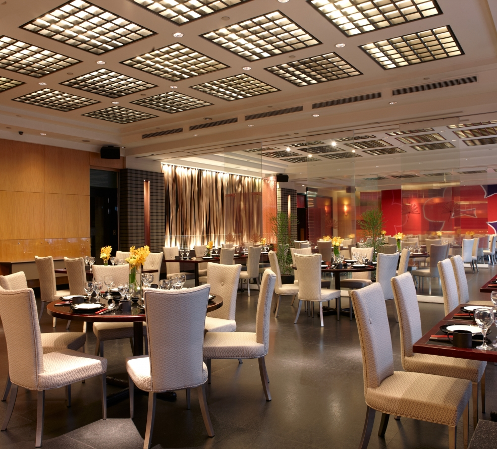 瓏山林台北中和飯店-紅餐廳場內